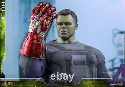 Hot Toys MMS558 1/6 Avengers Endgame Hulk Bruce Banner With Nano Gauntlet Figure