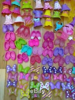 Minnie Mouse Bowtique Snap N pose lot 138 pc Closet playset clip on clothes toy